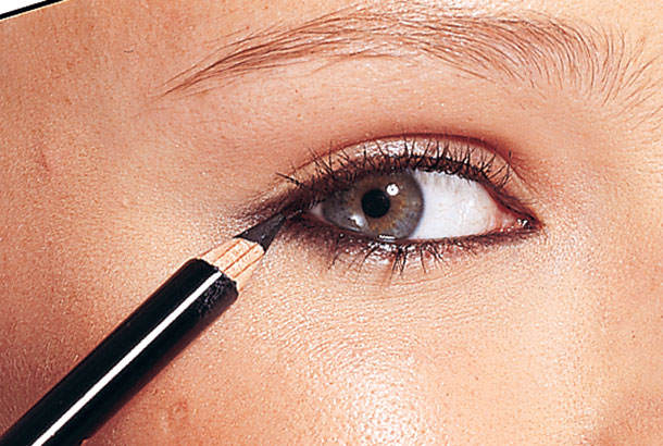 raya-ojos-maquillaje-bravoporti_2014